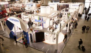 blue-spark-event-design-tradeshow-booth