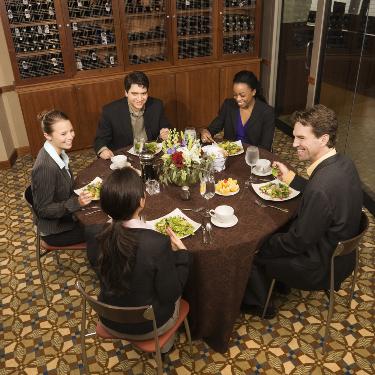 blue-spark-event-design-dine-around-business-dinner-brown-linen